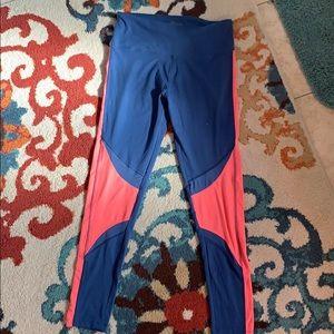 Cute soft sporty leggings never worn